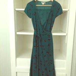 Billabong midi length wrap dress